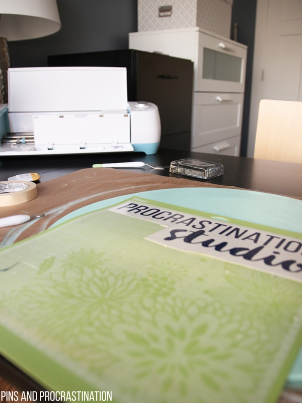 Easy Diy Sign Lettering Cricut Project Pins And