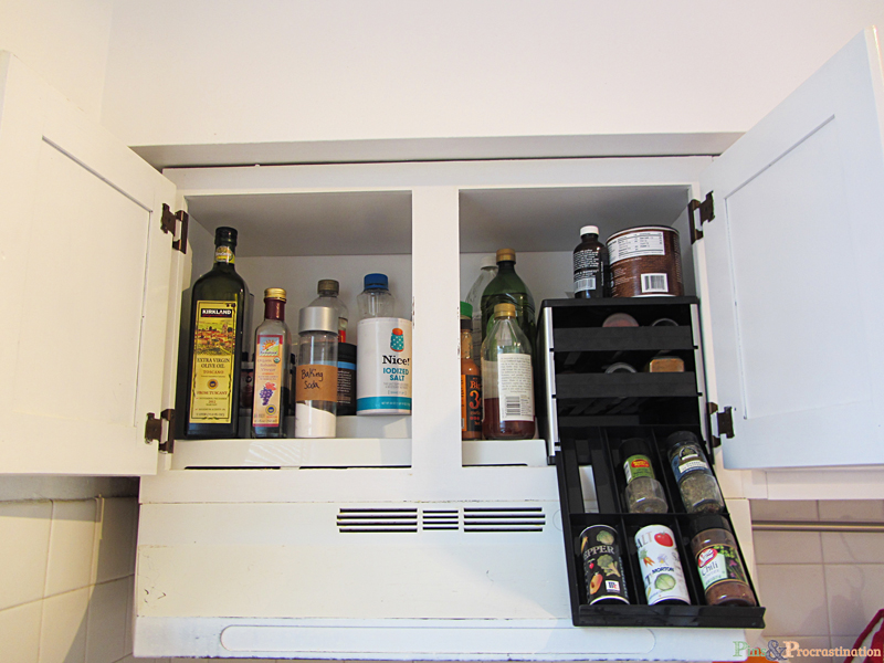 Small Kitchen Organization Solutions Kitchen organization solutions for small kitchens pins and kitchen organization can be so difficult especially if you have a small kitchen this workwithnaturefo