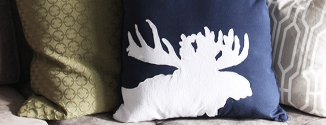 DIY Moose Silhouette Pillow